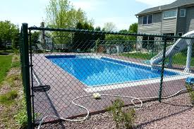 Chain Link Pool Fencing Applied In Commercial Personal Swimming Pool