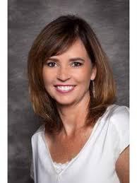 Lora Smith, CENTURY 21 Real Estate Agent in Rockford, IL