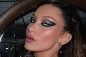 bella hadid s dramatic smoky eye