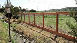 Hog Wire A 1 Construction Deck Fence Stairs Railings And Dry Rot Contstruction Contractor