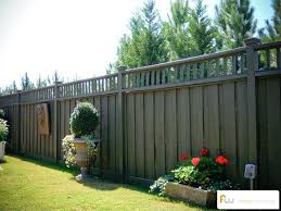 Property Fencing Ideas Best Yard Fencing Ideas On Front Yard Fence Decorative Garden Fencing And Backyard Backyard Fences Wood Privacy Fence Fence Landscaping