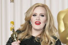 Adele dimagrita ancora: la nuova foto su Instagram per il compleanno