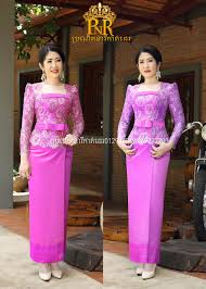 Model dress brokat selama ini dikenal dengan konsep kebaya dan gaun panjang. Baju Cantik Pakaian Wanita Pakaian Natal Model Baju Wanita