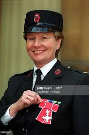 Sergeant Hilda McDonald of the Royal Ulster Constabulary after she...  Fotografía de noticias - Getty Images