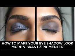 eye shadow look more vibrant