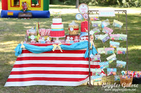twins carnival themed birthday party