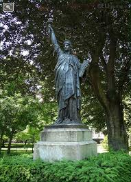 bronze statue of liberty located