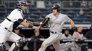 MLB Rumors: Yankees considering Gary Sanchez-J.T. Realmuto trade ...