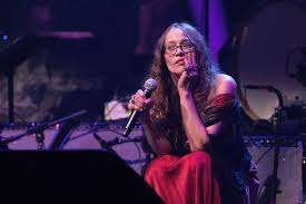 Fiona Apple's 'Fetch the Bolt Cutters ...
