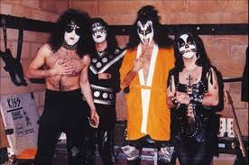 tidbits from the 1975 kiss concert