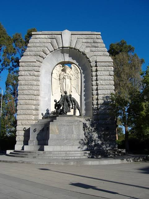「adelaide National War Memorial」的圖片搜尋結果""