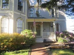 Front entrance of Adele Turner Inn - Picture of Serenity Inn Newport -  Tripadvisor