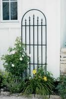 Panacea Triple Arch Finial Fence Section Black 92x121 Bosworths Online Shop