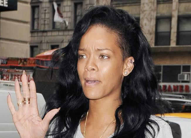 Image result for rihanna no makeup""