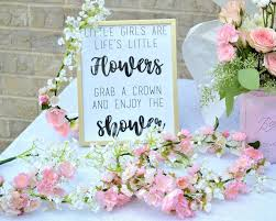 diy baby shower with fl crowns and