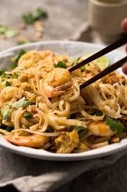 keto pad thai with shirataki noodles