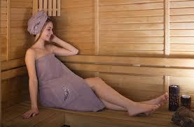 منشفة حمام 73 صور كيفية اختيار مجموعة حمام للرجال وفستان منشفة