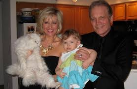 Michael Tylo with his real-life Nola and Stacey(Rachelle and Koko).