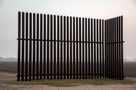 A Strange Little Section Of The Border Wall The New York Times