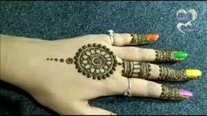 mehndi design back of hand