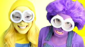 deable me yellow purple minions
