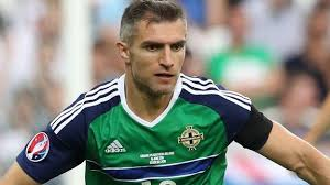 Aaron Hughes: Former NI captain 'actively trying to stay in the game' - BBC  Sport