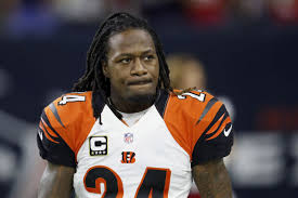 Bengals' Adam Jones goes off on reporter after question about his ...