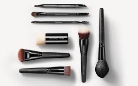 a guide to bareminerals makeup brush
