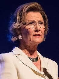 Queen Sonja of Norway - Wikipedia