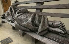 🙏🏻 La Escultura 'JESÚS SIN TECHO' al final llegó al Vaticano…