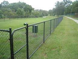 Many Uses Of Fencing Supplies In Kent Chain Link Fence Fence Design Chain Fence