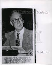 1959 Press Photo Arnold Johnson, who identified himself as a ...