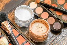 when to throw away your makeup mnn