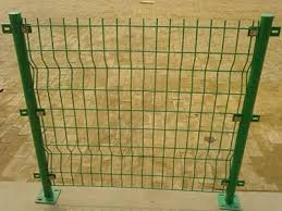 Round Post Also A Kind Of Fence Post Is Widely Used And Various Sizes And Shapes Are Available It Includes Post With Or Without Timber Fencing Timber Fence