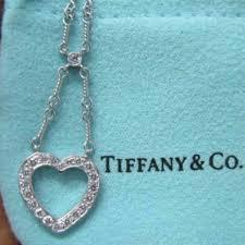 tiffany co platinum hearts pendant