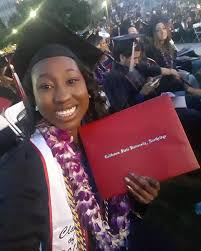 I'm officially a college graduate! Thank... - Kelcey Janelle Henderson |  Facebook
