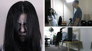 filming the ring behind the scenes