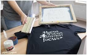 How To Screen Print Using Craft Vinyl Pigskins Pigtails