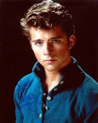 MAXWELL CAULFIELD.. Grease 2's Sexy Stud - SIGNED | eBay