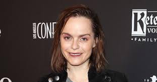 Taryn Manning Says She Went 'Fully Method' for OITNB Role   PEOPLE.com