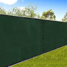 Amazon Com Amagabeli 5 8 X50 Fence Privacy Screen Heavy Duty For 6 X50 Chain Link Fence Fabric Screen With Brass Grommets Outdoor 6ft Patio Construction Fencing 90 Blockage Shade Tarp Mesh Uv Resistant Green Garden
