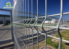 Hot Dipped Galvanized Welded Mesh Fence Heat Resistant With I Beam Post