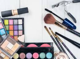 the bridal makeup kit 33 must have