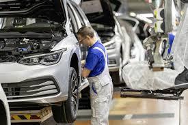 W Niemczech będą pracować tylko cztery dni? - Motoryzacja w INTERIA.PL