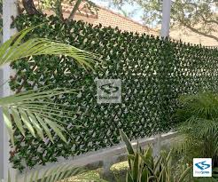 Awesome Expandable Faux Green Ligustrum Ficus Privacy Fence From Natrahedge In 2020 Fence Outdoor Privacy Lattice Privacy Fence