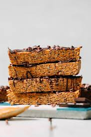 vegan peanut er protein bars