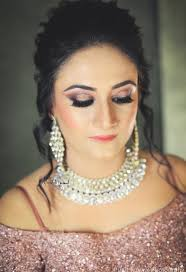 professional makeup artist in lucknow