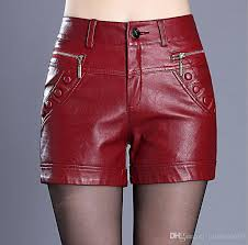2020 leather shorts woman spring 2018