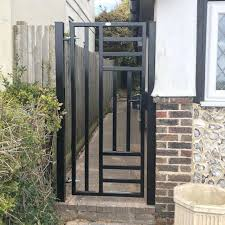 Looking For A Modern Metal Side Gate Gates And Fences Uk Ltd Facebook