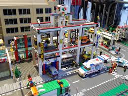 Lego City 4207 – Car Park/Garage – Preview